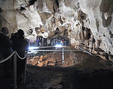 Grotta G. Corbeddu, trincea di scavo